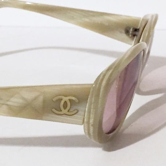 Chanel Chanel 5023 side quilted sunglass frames beige Image 2