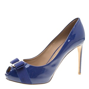 97152adfe2066 Designer Pumps and High Heels - 70% Off or Less at Tradesy (Page 6)