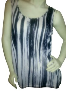 Kenneth Cole Top black striped on off-white