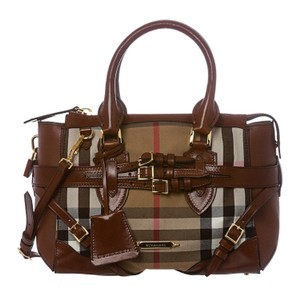 Burberry Tote in Beige, brown