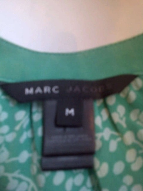 Marc by Marc Jacobs Top Green and white
