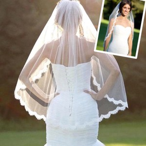 Medium White and Light Ivory Fingertip with Lace Edge Bridal Veil