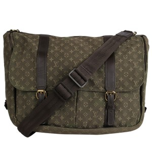 43d313955676 Louis Vuitton Baby & Diaper Bags - Up to 70% off at Tradesy
