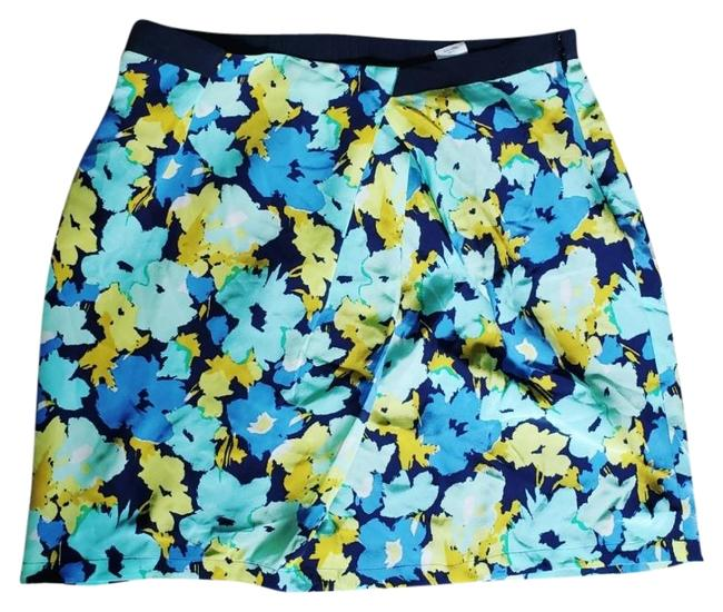 Item - Multicolor Silk Floral with Asymmetrical Pleats Skirt Size 2 (XS, 26)