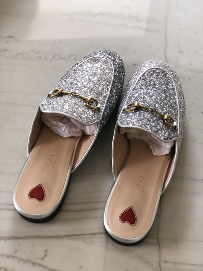 Gucci Leather Textured Silver Glitter Mules Image 2
