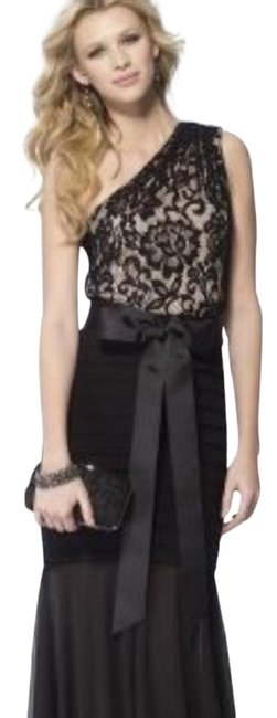 Item - Black Gown Maxi Sequin Lace Bow Long Night Out Dress Size 0 (XS)