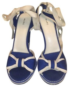 Marc Jacobs blue white Wedges