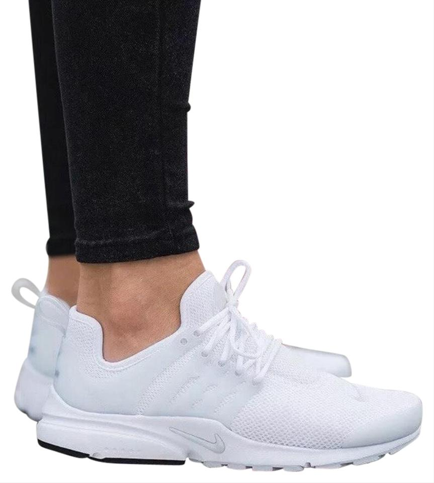 wholesale dealer 455c0 73c54 Nike White Women's Air Presto Deliver Unrivaled Fit and Comfort.  Style/Color: 878068-100 Sneakers Size US 10 Narrow (Aa, N) 37% off retail