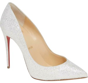 huge discount aa649 f2640 White Christian Louboutin Pumps Up to 90% off at Tradesy