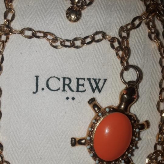 Preload https://item5.tradesy.com/images/jcrew-coral-seaturtle-pendant-necklace-25759979-0-0.jpg?width=440&height=440