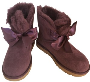 UGG New With Tags New In Box PORT Boots