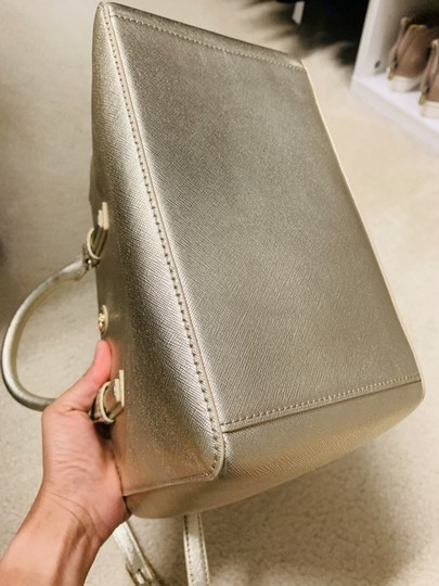 Tory Burch Tote in Gold Image 2