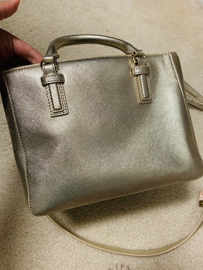 Tory Burch Tote in Gold Image 6