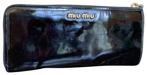 Miu Miu Wallet Zip Around Patent Leather Bow Black Clutch