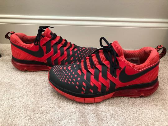 Nike red and black Athletic Image 2