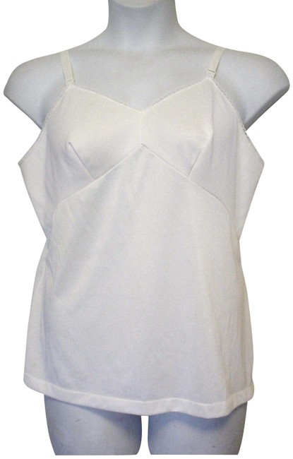 Preload https://img-static.tradesy.com/item/25760454/sears-cream-xl-vtg-the-doesn-t-slip-anti-cling-camisole-40-adjustable-straps-tank-topcami-size-16-xl-0-1-650-650.jpg
