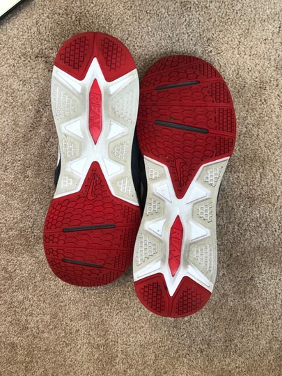 Nike gray / red Athletic Image 4