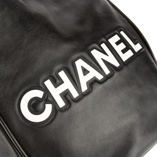 Chanel Lambskin Camellia Tote in Black Image 4