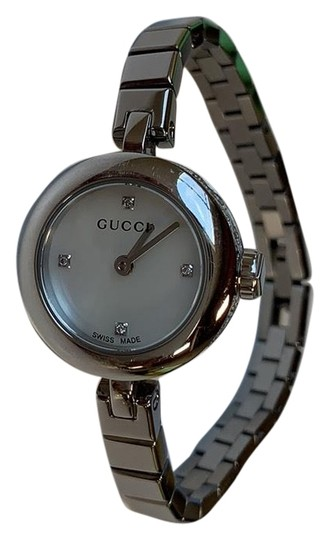 Preload https://img-static.tradesy.com/item/25760837/gucci-silvermother-of-pearldiamond-diamantissima-ladies-watch-0-4-540-540.jpg
