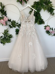 Pronovias Light Beige and Off White Tulle Ariel Sexy Wedding Dress Size 8 (M)