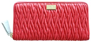 Coach NEW Red Madison Leather Zip Around Gathered Twist Wallet