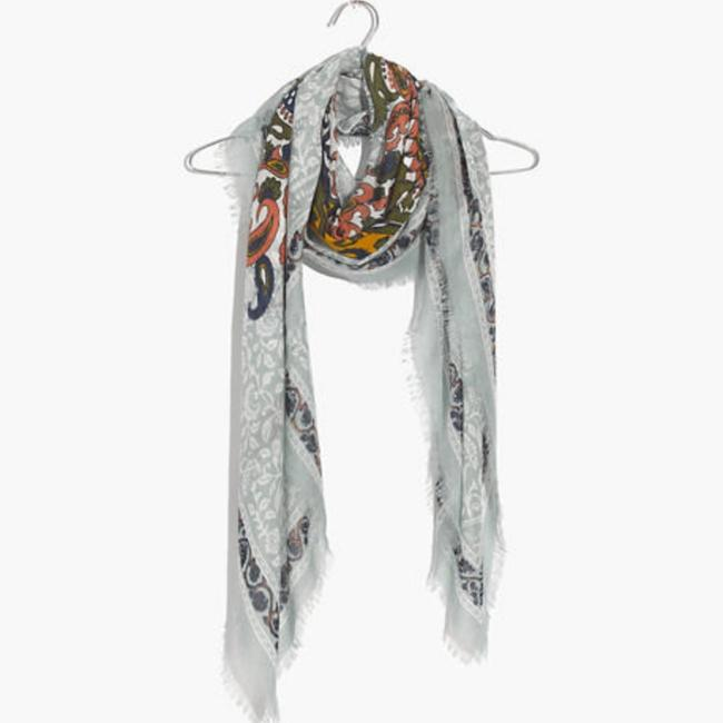 Item - Multicolor Paisley Print Oversized Scarf/Wrap