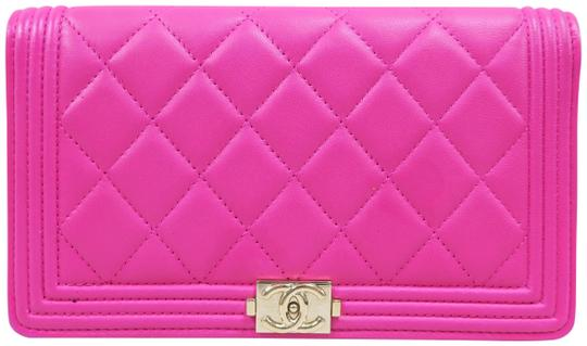 Chanel Hot Pink Boy Wallet Image 0