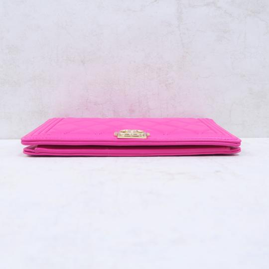 Chanel Hot Pink Boy Wallet Image 5