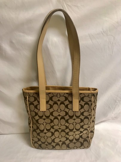 Coach Tote in brown Image 1