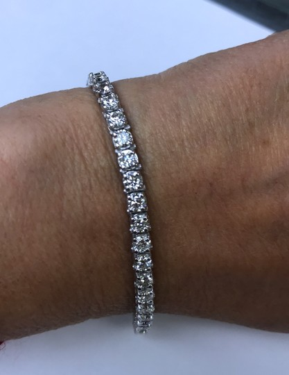 14KT White Gold Diamond CVD Tennis Bracelet 7.00cts. 14KT White Gold Diamond CVD Tennis Bracelet 7.00cts. Image 1