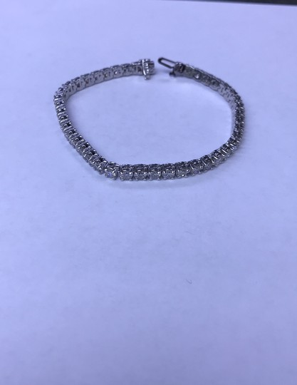 14KT White Gold Diamond CVD Tennis Bracelet 7.00cts. 14KT White Gold Diamond CVD Tennis Bracelet 7.00cts. Image 3