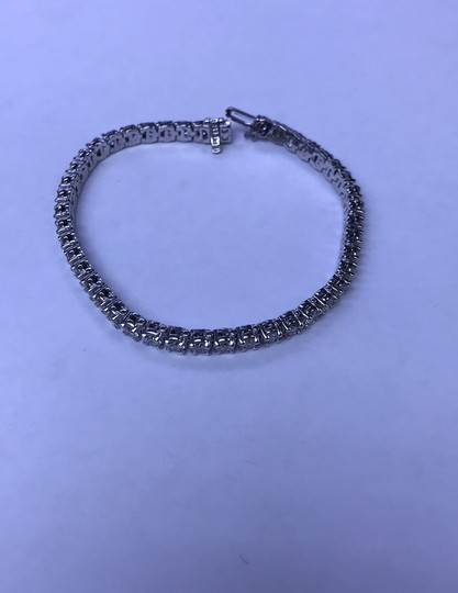 14KT White Gold Diamond CVD Tennis Bracelet 7.00cts. 14KT White Gold Diamond CVD Tennis Bracelet 7.00cts. Image 4