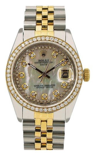 Preload https://img-static.tradesy.com/item/25764725/rolex-white-oyster-perpetual-date-1500-34mm-mother-of-pearl-diamond-dial-watch-0-1-540-540.jpg
