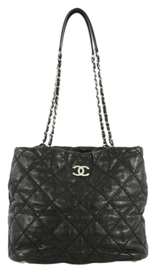Preload https://img-static.tradesy.com/item/25764775/chanel-ultimate-stitch-zip-quilted-medium-black-leather-tote-0-1-540-540.jpg