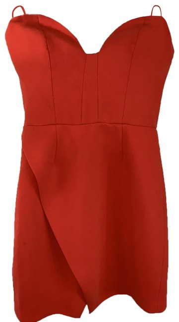 Preload https://img-static.tradesy.com/item/25764998/cmeo-collective-coral-strapless-sweetheart-short-night-out-dress-size-0-xs-0-1-650-650.jpg