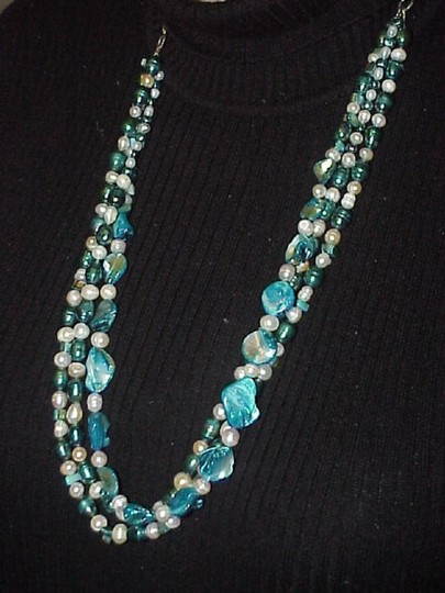 Jewels_by_Sofia Necklace by Artisan Image 1