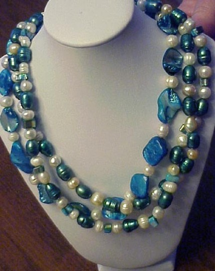 Jewels_by_Sofia Necklace by Artisan Image 2