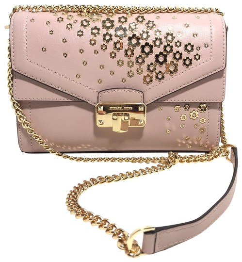 Preload https://img-static.tradesy.com/item/25765037/michael-kors-kinsley-mid-shoulderfloral-blossom-pink-leather-cross-body-bag-0-1-540-540.jpg