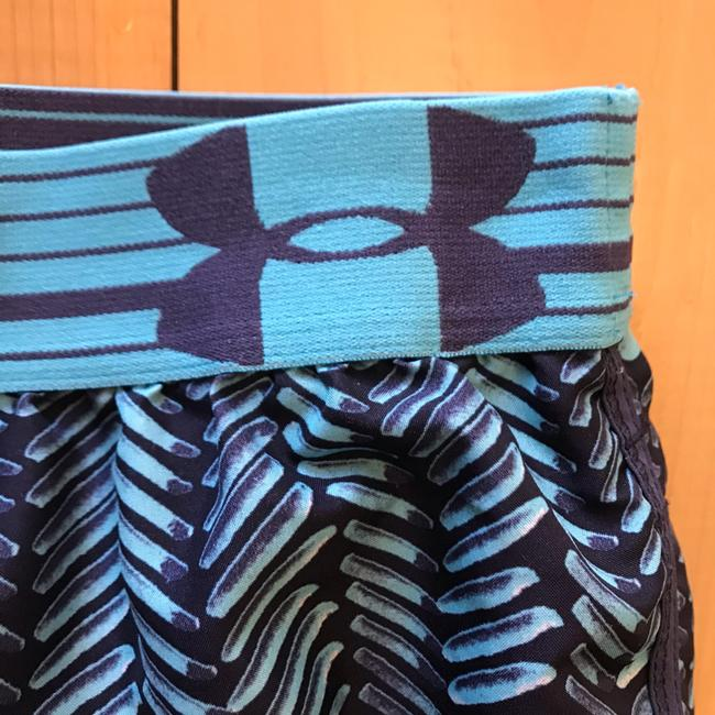 Under Armour running shorts Image 2