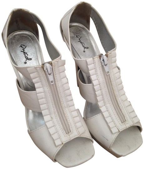 Qupid Patent Ruffle White Pumps Image 0