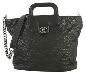 Chanel Shopping Calfskin Tote in black