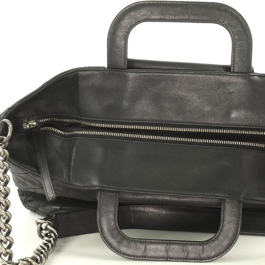 Chanel Shopping Calfskin Tote in black Image 7