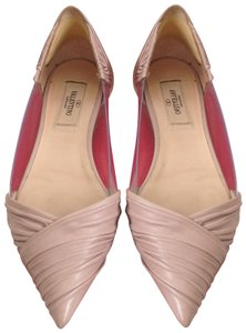 1a53fd67ea9a4 Valentino Flats on Sale - Up to 70% off at Tradesy