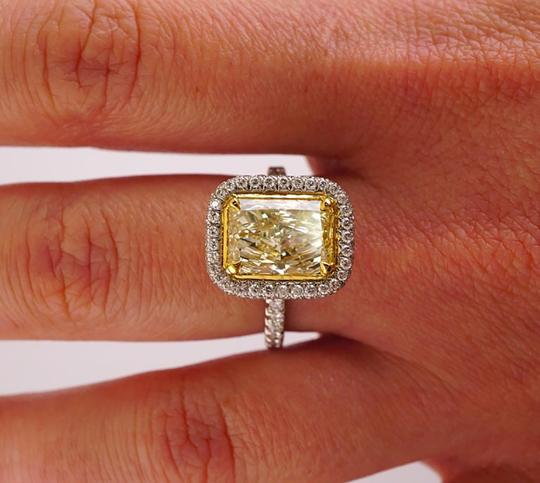 Yellow Diamond Gia Certified 2.50 Carat Fancy Double Halo Pave 18k Engagement Ring Image 3