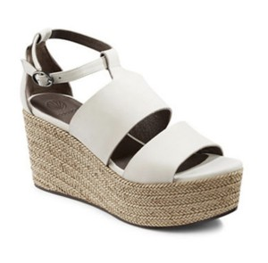 Coclico Cream and Tan Wedges