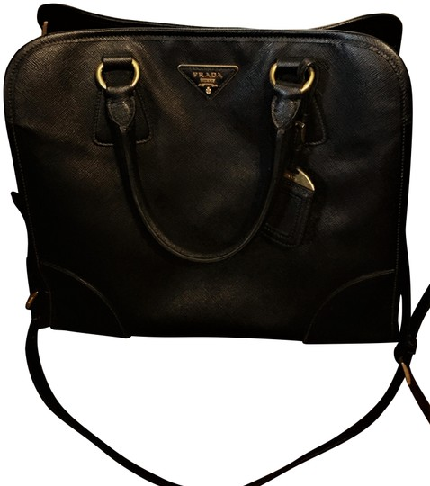Preload https://img-static.tradesy.com/item/25766612/prada-lux-saffiano-convertible-black-leather-satchel-0-4-540-540.jpg