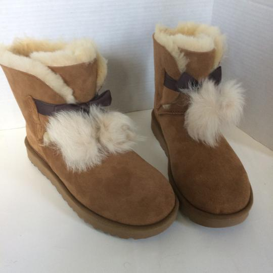 UGG Australia New With Tags Chestnut Boots Image 6
