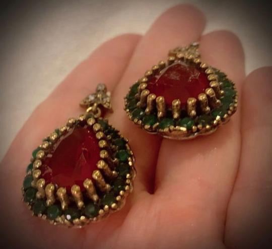 Royal Queen Collection Vintage Exquisite Feminine Red Ruby Emerald Solid Sterling Silver Earrings Image 2
