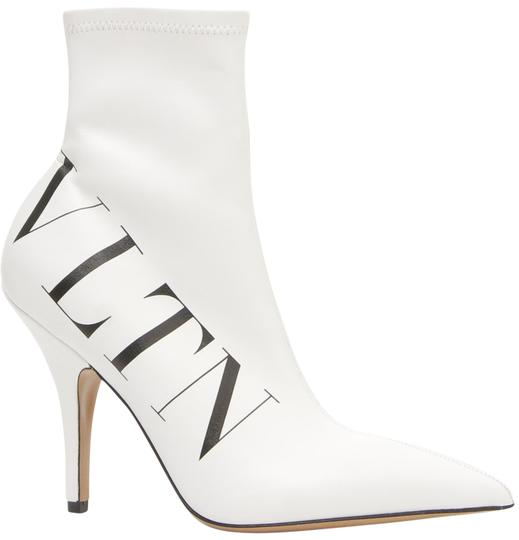 Preload https://img-static.tradesy.com/item/25766894/valentino-white-new-logo-vltn-sock-bootsbooties-size-eu-385-approx-us-85-regular-m-b-0-1-540-540.jpg