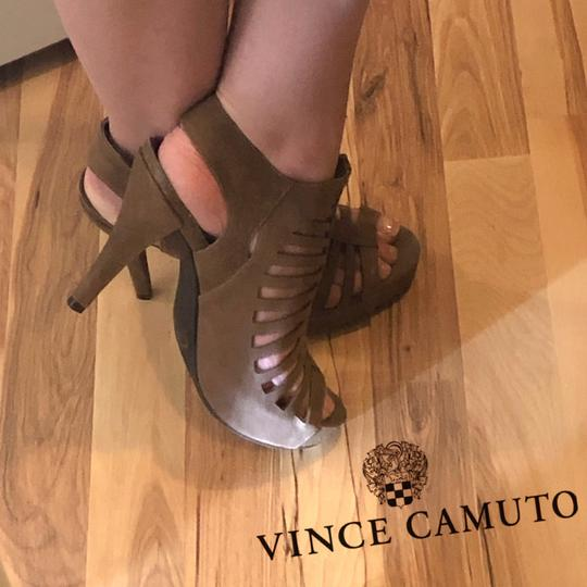 Vince Camuto Leather Cut-out Cutaway Textured Suede Tan Sandals Image 3